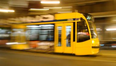 A BKV tartja életben Budapestet, de a kormány miért akarja megölni a BKV-t?  (videó)