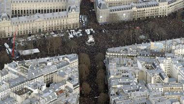 Orbán Viktor eltévedt Párizsban