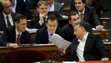 Így hoz törvényt a Fidesz