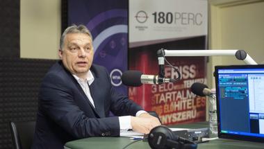 Ha Orbán Júlia királynő lenne, akár lehetne így is