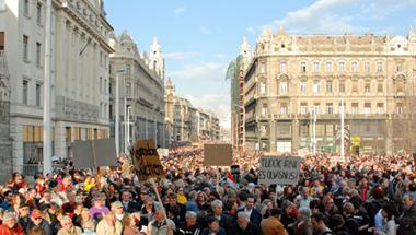 Bátor jobboldali kiállás a Fidesz ellen!