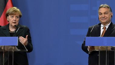 Az Oroszország elleni szankció volt az ütközőpont Orbán és Merkel között