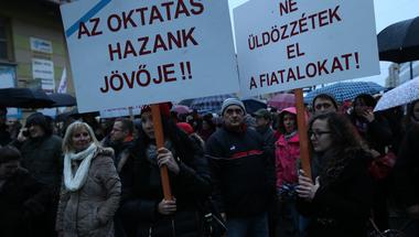 Most kezdődik csak a pedagógusok tiltakozása