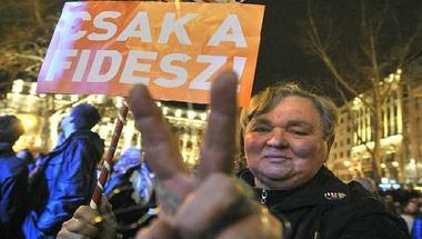 Szavazói regisztráció: Csak a Fidesz