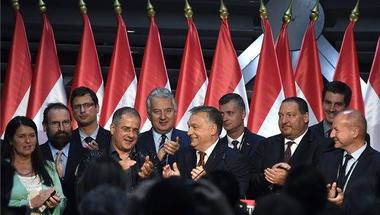 Hiába erőlködik Orbán, ma a bojkott és az érvénytelen nyert!