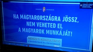 """Tényleg bevetik Orbánék a """"ne vedd el a munkánk, de dolgozzál"""" szlogent menekültügyben!"""