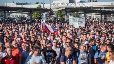 A Tesco nem enged, jövő szombaton tüntetnek a dolgozók