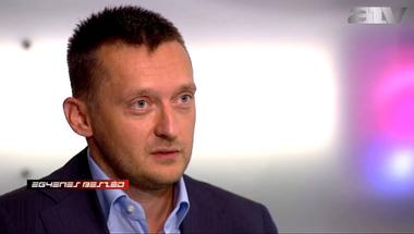 """""""Elfelejtette"""" tovább kérdezni Simicskáról Rogánt az ATV műsorvezetője"""