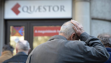 Vissza akarják kapni a pénzüket a Quaestor károsultjai