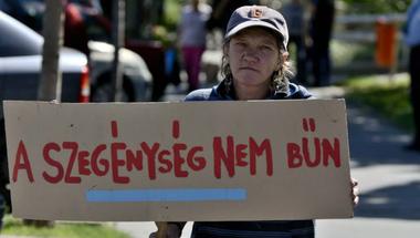 Fideszes képviselő: A liberális gondolatok termelik ki a hajléktalanságot