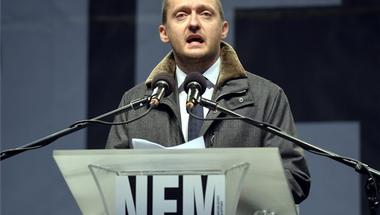 A Fidesz bizonyíthatóan összeesküvés-elméletre alapozva támadná a tüntetéseket