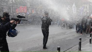 A sajtó után a politikusokat is elérte a tisztogatás Törökországban