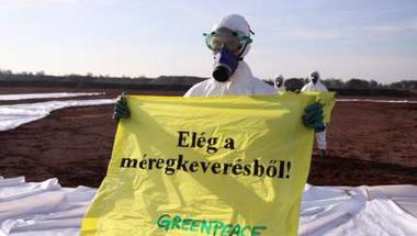 Válasz és viszont válasz az alműsfüzitői veszélyes hulladék lerakó ügyében