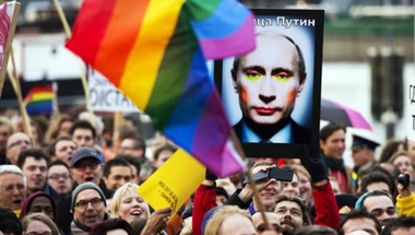 Putyin felelőssége az oroszországi melegek elnyomásában