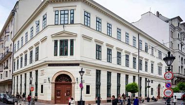Tényleg bezáratná a legjobb magyarországi egyetemet a Fidesz, mert Soros?