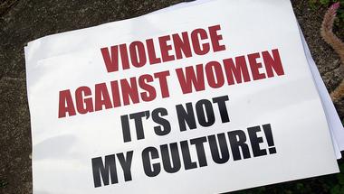 Rossz közérzet a kultúrában, avagy erőszakmosdatás és minőségi újságírás