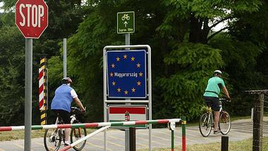 Az EU nem bánja, mit csinálunk a menekültjeinkkel