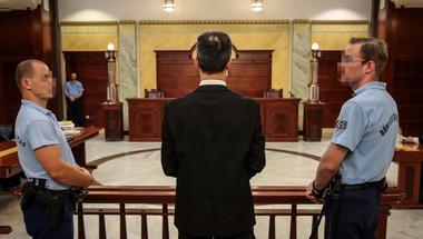 A Kúria ítélete a lúgos orvos ügyében a bántalmazott nők arculcsapása