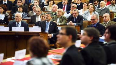 A Fidesz antikommunizmusa a nemzeti emlékezetvesztési bizottságig terjed