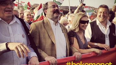 Sose támogatott még a Fidesz és a Békemenet ennyi pénzzel ellenzéki kampányt
