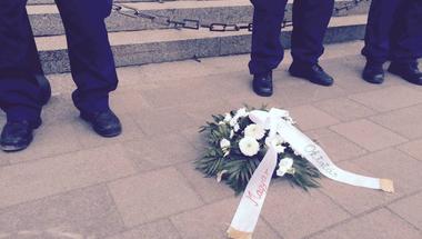 A Kossuth téren tüntettek a CEU-ért: percről percre a Kettős Mércén