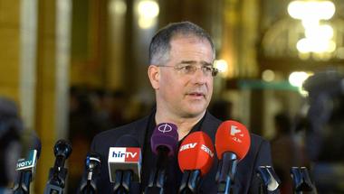 """Kósa Lajos a magyar """"liberálbaloldalt"""" vonja felelősségre az orlandói mészárlás kapcsán"""