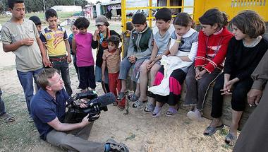 Menekültek és újságírók: közeledés vagy távolság?
