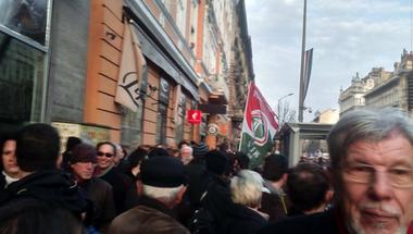 Ünnepel és tüntet Magyarország! - Március 15 percről-percre