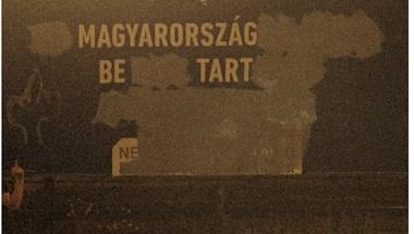 Plakátszaggatás = üzenjük Orbánnak, mi is ebben az országban élünk!