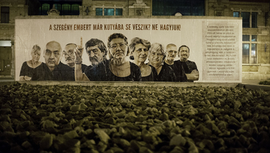 Gerillaplakátokkal a hajléktalan emberekért: gimnazisták barátkoznak a közéletben való részvétellel