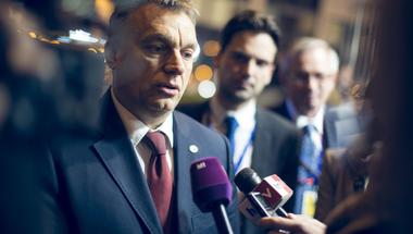 Orbánnal szemben is kitart a Fidesz-média abban, hogy Orbán vétózott