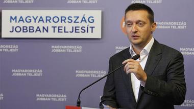 Ahogy a Fidesz építkezik, az felér egy rombolással