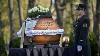 """""""Göncz Árpád megtette, ami tőle telt. Most rajtunk a sor"""" – Benedek Márton a család nevében elmondott gyászbeszéde"""