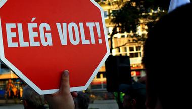 A magyar munkavállalókat kizsákmányolják, és közben még a jogaikat sem tartják tiszteletben