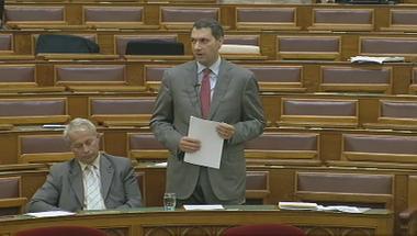 13 fideszes érv a regisztráció parlamenti vitájából, 13 cáfolat