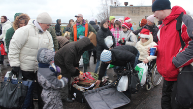 Karácsonyi tárgyuralom - hogyan adományozzunk és hogyan ne