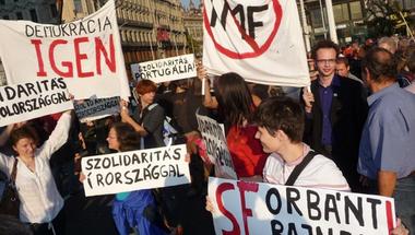 Kis magyar politikai kertművelés