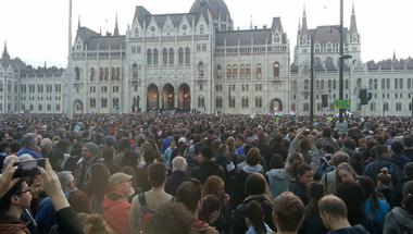 """""""Elegünk van a mocskos Fideszből!"""""""