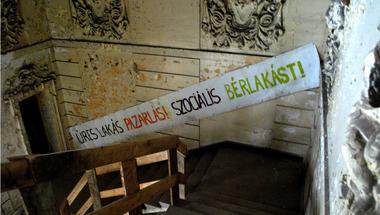 """Ételmaradékok helyett szociális jogok – Egy """"hajléktalanügyi"""" konferencia margójára"""