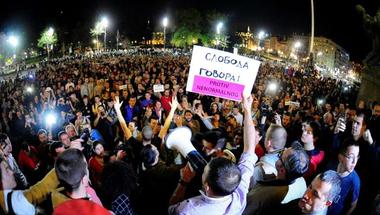 Illiberális elnököt választott Szerbia? Négy napja tüntetnek a nagyvárosokban!
