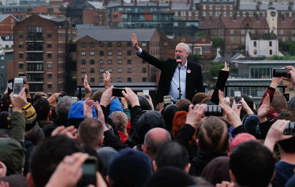 jeremy-corbyn-at-a-rally.jpg