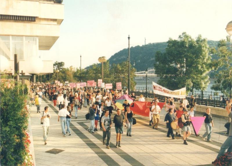 kmgtrt-elso-budapesti-hungarian-gay-pride-1997.jpg