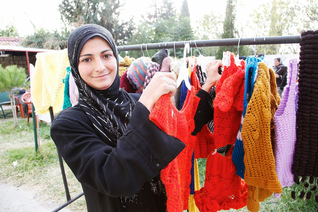 knitting_a_brighter_future_for_syrian_refugees_in_lebanon_11173833666.jpg