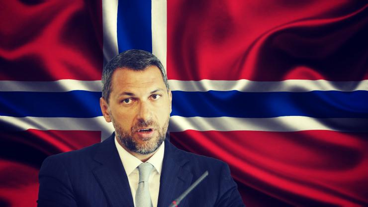 lázár_norvég_zászló2_kész.jpg