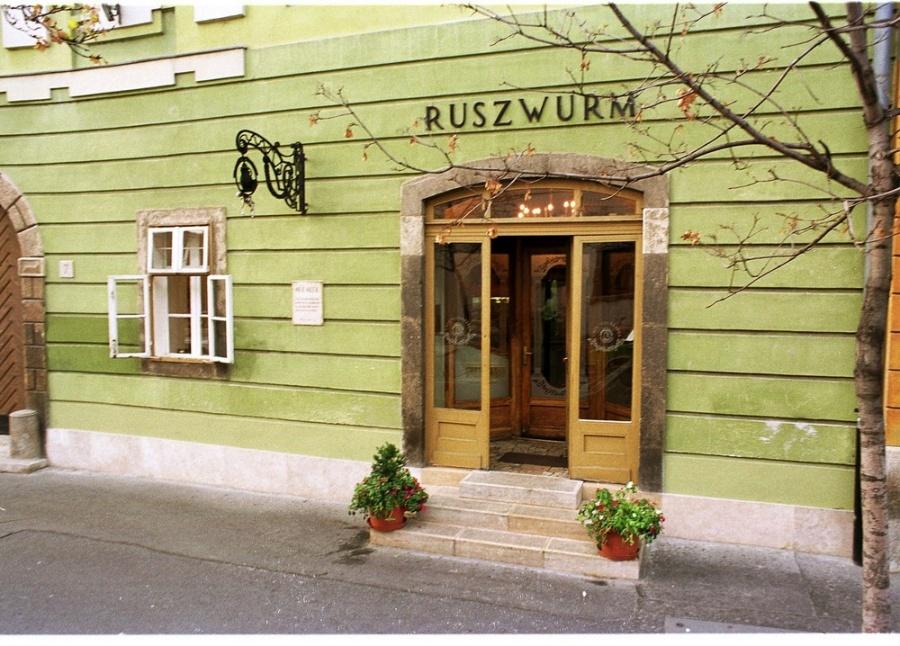 ruszwurm1.jpg