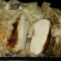 Supreme csirke erdei gombás tagliatellével - házhoz szállítva és falhoz állítva