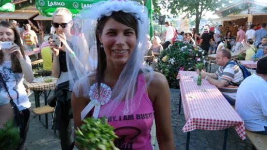 bride a.jpg