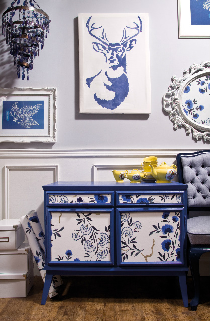 wallpapered_drawers_after_1.jpg
