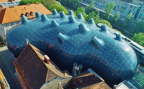 musee-kunsthaus-graznaturelle-a-graz-autriche-des-architectes-peter-cook-et-colin.jpg