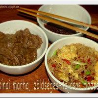 Kínai kaja – marhahús tojásos-zöldséges rizzsel és chilis szilvaszósszal